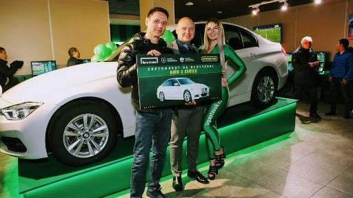 БК Лига Ставок разыгрывает автомобили BMW